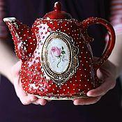 Чайник с медальоном и розой. Ceramic Tales by Valentina Fadeeva