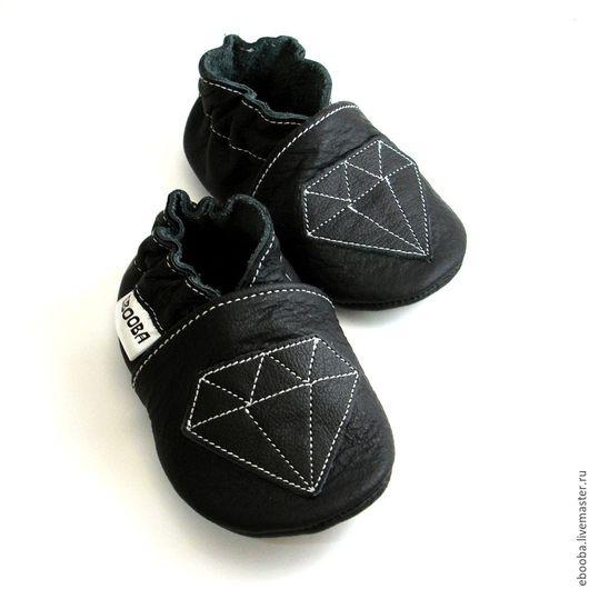 Кожаные чешки тапочки пинетки чёрный кристалл на чёрном ebooba