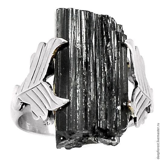 Натуральный черный турмалин 18 х 10 мм Размер кольца 17,25 (возможно изменение размера)