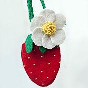 Сумки и аксессуары handmade. Livemaster - original item Handbag-strawberry for your. Handmade.