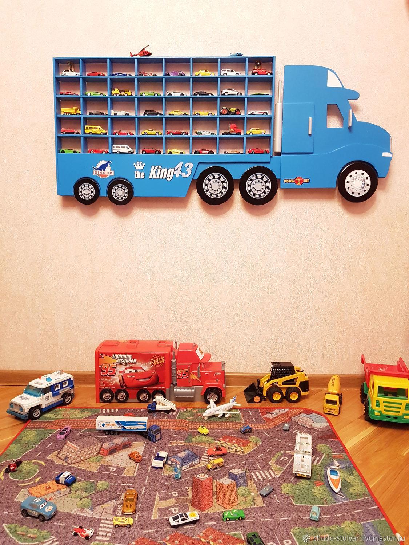 """Полка-грузовик """"GRAY"""" для моделей машинок 40 ячеек"""