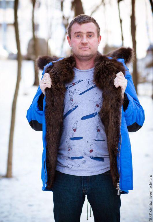 Мужская куртка парка, внутри мех койота , мех тонирован, снаружи плотная курточная ткань, не продувается, не промокает, мех внутри отстежной. Длина изделия на фото 88-90 см