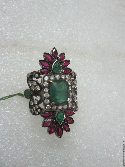 Кольца ручной работы. Ярмарка Мастеров - ручная работа. Купить Уникальное кольцо с изумрудами, рубинами и бриллиантами. Handmade. бриллианты, комбинированный