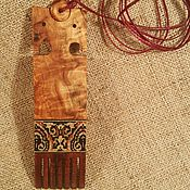 Украшения ручной работы. Ярмарка Мастеров - ручная работа Кулон с инкрустацией деревом, из карельской березы Прялка. Handmade.