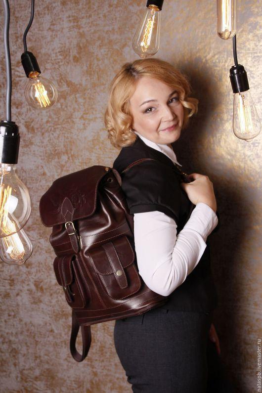 Аксессуар на все сезоны. Рюкзачок такой же функциональный и практичный, как внешне особенный и эффектный.