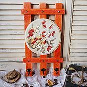 Ключница,вешалка для прихожей,кухни Шиповник-декупаж