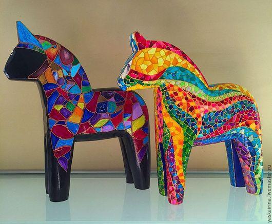 """Статуэтки ручной работы. Ярмарка Мастеров - ручная работа. Купить Лошадка """"Мозаичная"""". Handmade. Разноцветный, мозаика, акриловые краски и лак"""