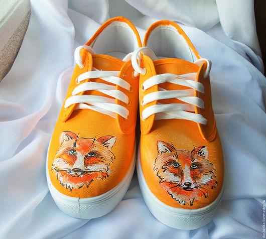 """Обувь ручной работы. Ярмарка Мастеров - ручная работа. Купить Кеды  женские с рисунком на заказ   """" Лисы"""". Роспись. Handmade."""
