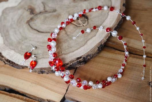 Свадебные украшения ручной работы. Ярмарка Мастеров - ручная работа. Купить Комплект в красном цвете - ободок венок и серьги. Handmade.