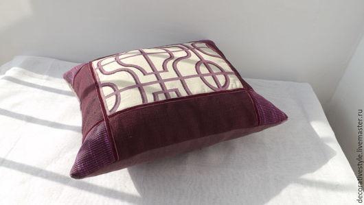 """Текстиль, ковры ручной работы. Ярмарка Мастеров - ручная работа. Купить Декоративная подушка """"Trellis"""". Handmade. Бордовый, декоративный стиль"""