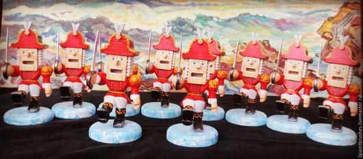 Сказочные персонажи ручной работы. Ярмарка Мастеров - ручная работа. Купить Щелкунчик. Handmade. Щелкунчик, статуэтка из дерева, сувенир на Новый год