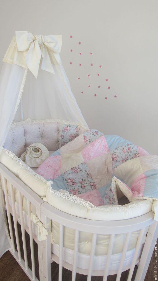 Для новорожденных, ручной работы. Ярмарка Мастеров - ручная работа. Купить Комплект в детскую кроватку. Handmade. Комбинированный, бортики для малыша