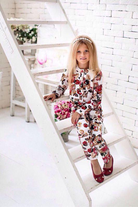 """Одежда для девочек, ручной работы. Ярмарка Мастеров - ручная работа. Купить Жакет и брюки """"Розы"""" на белом. Handmade. Костюм, брюки"""