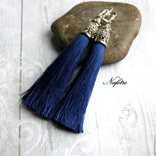 Серьги ручной работы. Ярмарка Мастеров - ручная работа. Купить Серьги кисти синие. Handmade. Тёмно-синий, серьги длинные