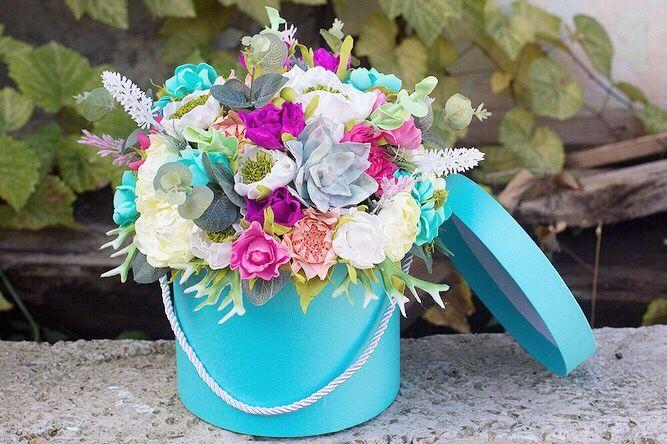 Цветы в круглой коробке из фоамирана , цветы , интерьерная композиция, Композиции, Сочи, Фото №1