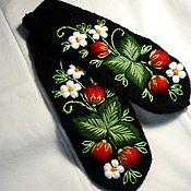 Аксессуары handmade. Livemaster - original item Mittens with embroidery
