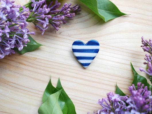 """Броши ручной работы. Ярмарка Мастеров - ручная работа. Купить Брошь сердце """"Морское"""". Handmade. Синий, брошь, керамические украшения"""
