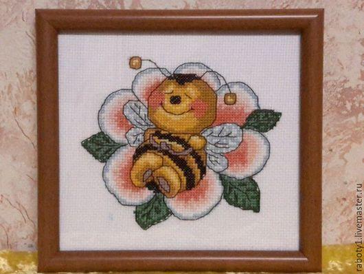 Животные ручной работы. Ярмарка Мастеров - ручная работа. Купить Пчелкин сон. Handmade. Канва аида, нитки для вышивания, комбинированный