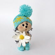 Куклы и игрушки handmade. Livemaster - original item Knitted interior toy Hedgehog with a Daisy (Turquoise Hat). Handmade.