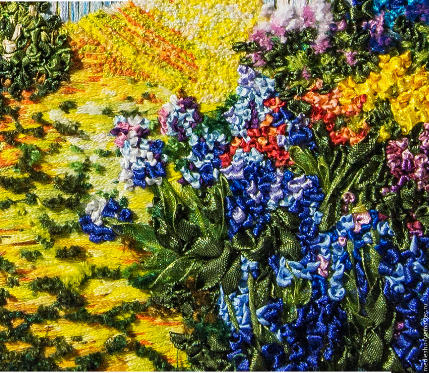 """Folklore Yellow Ribbon/Blue and red Flowers 1.3/8"""""""