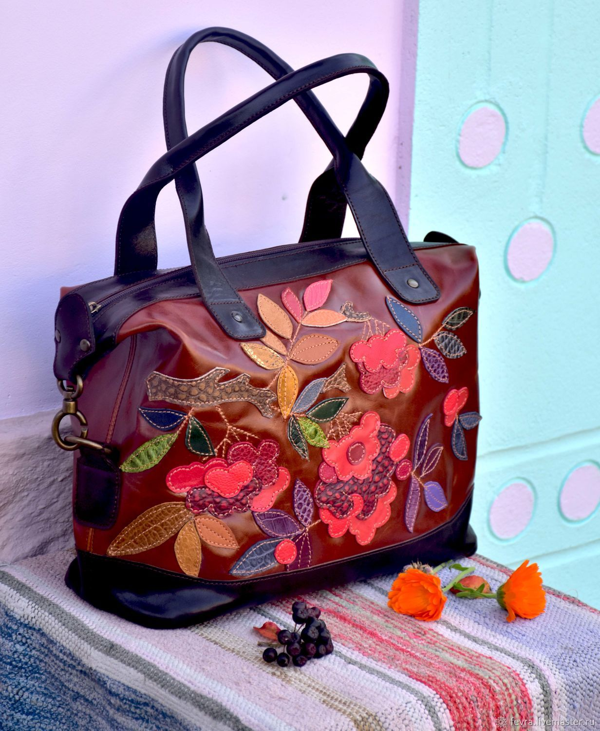 For two weeks -20% share! This bag is in finished works, it is a rarity from me! I did it with pleasure, and are ready to share the joy of the coming of autumn.