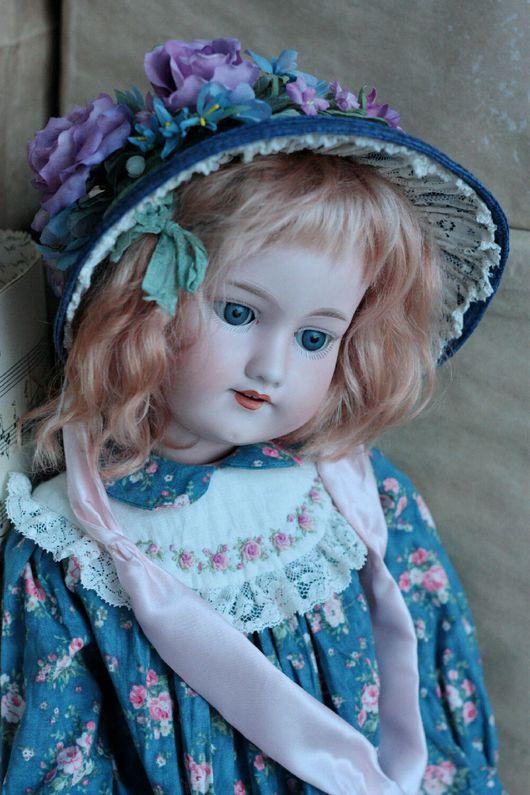 """Одежда для кукол ручной работы. Ярмарка Мастеров - ручная работа. Купить (Продано!) Комплект одежды для антикварной куколки 22""""+парик (блонди). Handmade."""