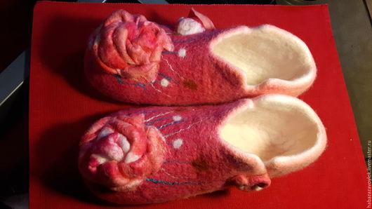Обувь ручной работы. Ярмарка Мастеров - ручная работа. Купить Pink. Handmade. Розовый, войлок ручной работы, 100% шерсть
