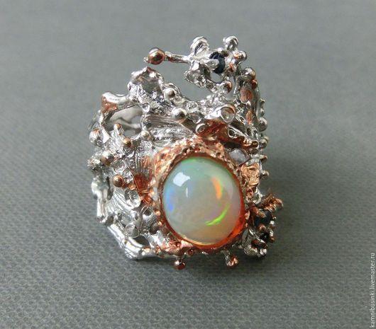 Кольца ручной работы. Ярмарка Мастеров - ручная работа. Купить 18 р-р кольцо эфиопский опал, сапфир золото серебро 925. Handmade.