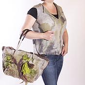 Одежда ручной работы. Ярмарка Мастеров - ручная работа Комплект жилет и сумочка с шишками.. Handmade.
