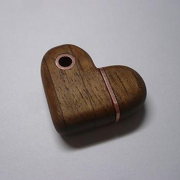 """Сувениры и подарки ручной работы. Ярмарка Мастеров - ручная работа Флешка """"Heart"""". Handmade."""