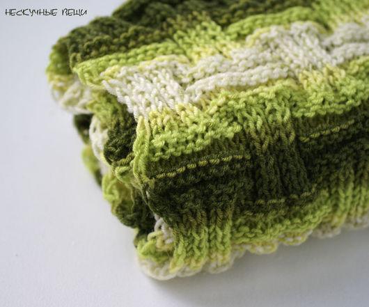 Шарфы и шарфики ручной работы. Ярмарка Мастеров - ручная работа. Купить Шарф снуд хомут вязаный спицами полосатый зелёный. Handmade.