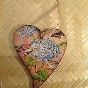 """Для дома и интерьера ручной работы. Ярмарка Мастеров - ручная работа Сердечко-панно интерьерная подвеска """"Птички и гортензия"""". Handmade."""