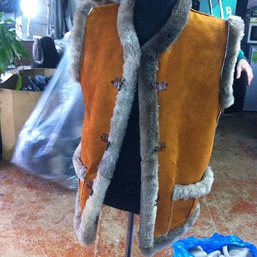 Одежда ручной работы. Ярмарка Мастеров - ручная работа Жилеты из натуральной овчины. Handmade.