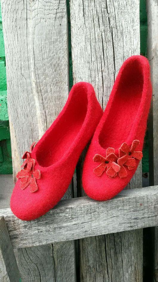 Обувь ручной работы. Ярмарка Мастеров - ручная работа. Купить Домашние тапочки. Handmade. Обувь ручной работы, валяные тапочки