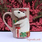 Кружки ручной работы. Ярмарка Мастеров - ручная работа Кружка с мышкой новогодняя. Handmade.