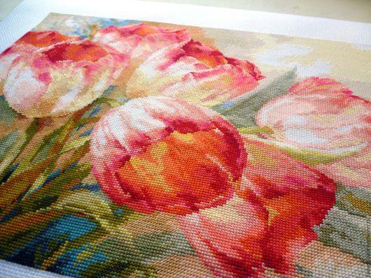 Вышитая картина, вышитая картина тюльпаны, вышивка, вышитые тюльпаны, тюльпаны, вышивка крестом, акварельные тюльпаны