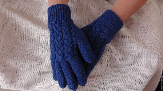 Варежки, митенки, перчатки ручной работы. Ярмарка Мастеров - ручная работа. Купить Перчатки с косами. Handmade. Тёмно-синий