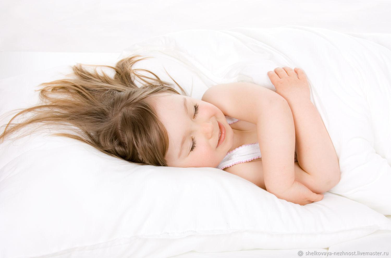 Детская подушка из натурального шелка Mulberry 6А – купить на Ярмарке Мастеров – LI5B6RU | Подушки, Москва