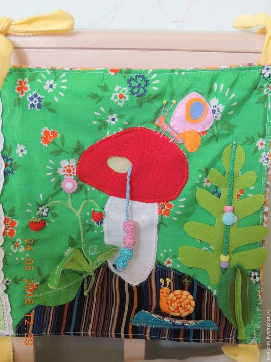 Детская ручной работы. Ярмарка Мастеров - ручная работа. Купить развивающий коврик на кроватку. Handmade. Развивающий коврик, подарок младенцу