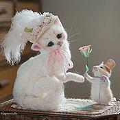 Куклы и игрушки ручной работы. Ярмарка Мастеров - ручная работа Кошечка Шарлотта и мышонок Пьер..). Handmade.