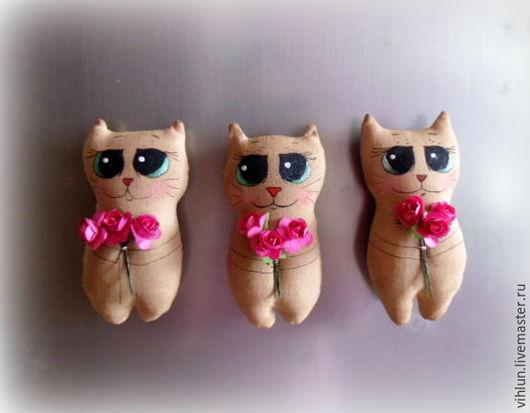 Ароматизированные куклы ручной работы. Ярмарка Мастеров - ручная работа. Купить Коты подарочные. Handmade. Коричневый, котик, магнит