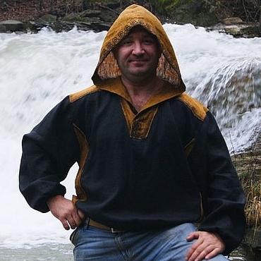 Одежда ручной работы. Ярмарка Мастеров - ручная работа Рубашка с капюшоном из льна с вязью Викинг. Handmade.