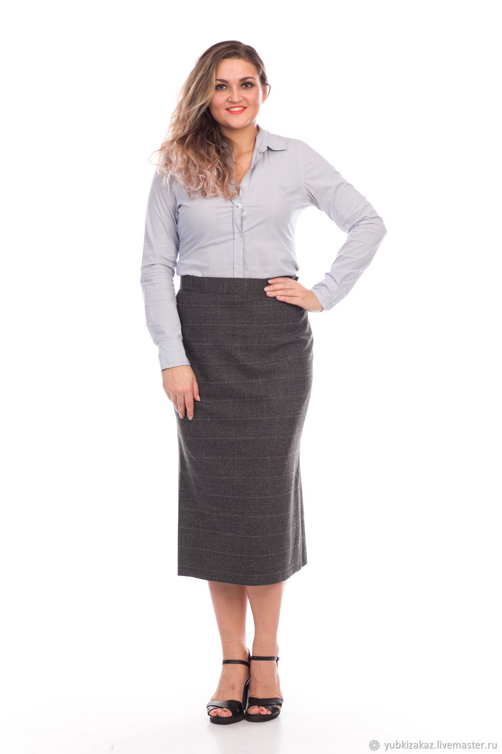 Skirt with slits on the sides of the gray cell, Skirts, Novosibirsk, Фото №1
