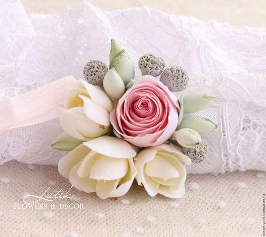 """Кулоны, подвески ручной работы. Ярмарка Мастеров - ручная работа. Купить Кулончик с цветами """"Lovely"""". Handmade. Белый, подвеска"""