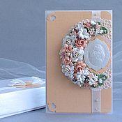 Свадебный салон ручной работы. Ярмарка Мастеров - ручная работа Свадебная открытка в коробочке и с конвертом. Персиковая. Handmade.