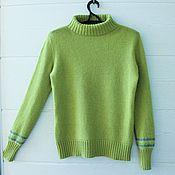 Одежда ручной работы. Ярмарка Мастеров - ручная работа Нежно зеленый (женский, вязаный свитер) XS. Handmade.