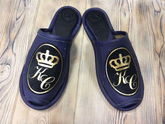 """Обувь ручной работы. Ярмарка Мастеров - ручная работа. Купить кожаные тапочки """" Персона"""". Handmade. Вензеля, тапочки"""