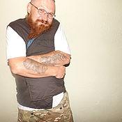 Одежда ручной работы. Ярмарка Мастеров - ручная работа Утепленный хлопковый многокарманный,мужской рабочий жилет-безрукавка. Handmade.