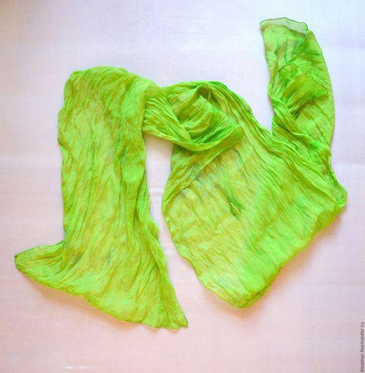Шарфы и шарфики ручной работы. Ярмарка Мастеров - ручная работа. Купить шарф  шелковый салатовый лайм greenery ручная окраска полупрозрачный. Handmade.