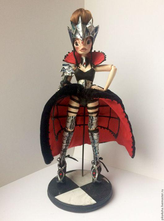 Коллекционные куклы ручной работы. Ярмарка Мастеров - ручная работа. Купить Чёрная Королева. Handmade. Чёрно-белый, корона, шахматы
